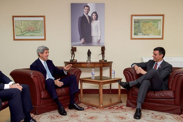 secretary_kerry_meets_with_spanish_socialists_workers_party_secretary-general_sanchez_in_madrid_22279063736